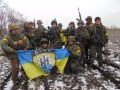 Полк Азов приостановил наступление из-за нехватки топлива
