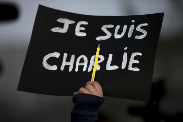 Лозунг Je suis Charlie появился через несколько часов после нападения на редакцию журнала