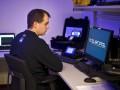 В Британии полиция поймала 746 преступников через интернет