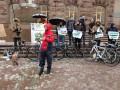 Под стенами у Кличко митингуют велосипедисты