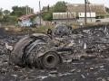 Фото недели: авиакатастрофа Боинга 777 и авария в московском метро