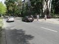 В Днепре водитель избил мужчину, переводившего через дорогу пенсионерку