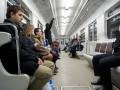 Зубные протезы и кувалда: в столичном метро рассказали, что теряли пассажиры