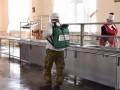 Стало известно, как кормят военных в Украине