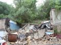Киевский оползень уничтожил более десятка гаражей