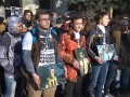 Москвичи пикетируют посольство Украины