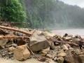 Паводок уничтожил дорогу Яремче-Буковель