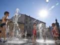 Лето в Украине обещают сухое и жаркое