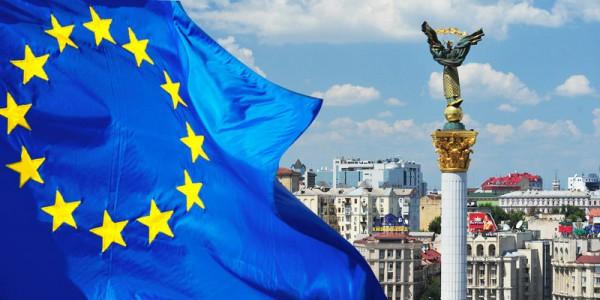 Запад заставит Украину принять более взрывоопасные для Киева законы, чем особый статус Донбасса