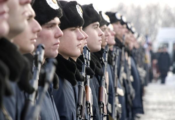 Внутренние войска МВД Украины перевели на усиленный вариант несения службы