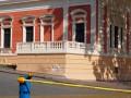 ДТП в центре Одессы: женщина врезалась в Музей морфлота