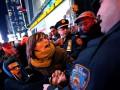 В Нью-Йорке третью ночь подряд проходят акции протеста