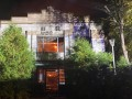 В Киеве масштабный пожар охватил заброшенное здание