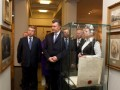 Мы не знаем, как она попала к нему, но она попала в музей: Янукович рассказал о подаренной Иванющенко картине Репина