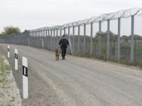 Венгрия достроила второй забор от мигрантов на границе с Сербией