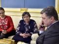 После разговора с Порошенко Савченко прекратила голодовку