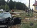 В Киевской области Lexus столкнулся с пассажирским поездом