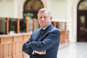Отставка Якова Смолия: за что критиковали и хвалили главу НБУ
