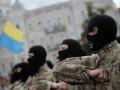 Мужчины в форме «Азова» открыли стрельбу в центре Киева - СМИ