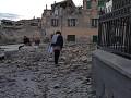 В результате землетрясения в Италии погибли минимум шесть человек