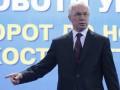 Азаров пожаловался на СМИ, которые необоснованной критикой отвлекают чиновников от работы