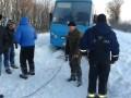 Под Киевом в сугробах застряли маршрутки и