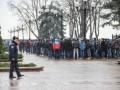 В Мариинском парке собрались более тысячи неизвестных