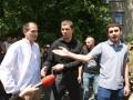 Неизвестные пытались разогнать митинг у представительства ЕС в Киеве