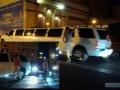 В центре Одессы из лимузина вышел голый мужчина и совершил пробежку