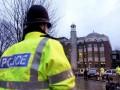 В Лондоне террорист после наезда фургоном, напал на людей с ножом – СМИ