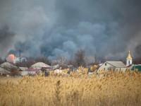 Пожар на складах в Балаклее полностью потушен - Минобороны
