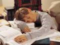 В интернете зарабатывают на ленивых школьниках