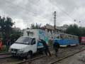 В Николаеве трамваи встали из-за застрявших в болоте машин