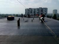 В Киеве на крыше девятиэтажки прогремел взрыв: есть пострадавшие