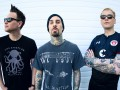 Солист группы Blink-182 поделился своим видео на новую песню