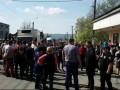 На Закарпатье люди блокируют трассу: требуют ареста 14-летнего убийцы