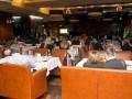 Рестораны, салоны красоты и элитные авто: как шикуют боевики в Донецке