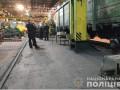 На Харьковщине слесарь депо погиб под колесами вагона