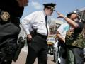 В США неизвестный пытался напасть на автоколонну делегации из Китая