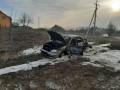 В Черновцах пьяный водитель насмерть сбил женщину, а потом сжег машину