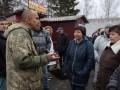 Киевским дачникам отключили свет, люди перекрыли дорогу
