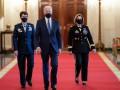 Байден на церемонии забыл имя министра обороны