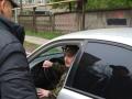 В Алчевске засняли разборки с пьяным