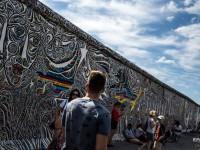 В Германии не разрешили строительство копии Берлинской стены