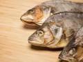В Киеве временно запретили продавать вяленую рыбу