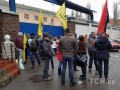 Активисты блокируют вывоз беркутовцев из Лукьяновского СИЗО на суд с Януковичем