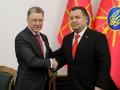 Волкер обсудил с Полтораком ситуацию в Азове