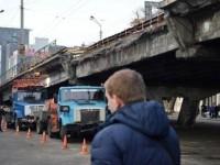 Власти Киева вновь перенесли сроки сноса Шулявского моста