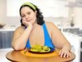 Бедные, но сытые: Из-за кризиса люди толстеют