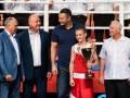 Спорт меняет мир: Кличко посетил молодежный боксерский турнир